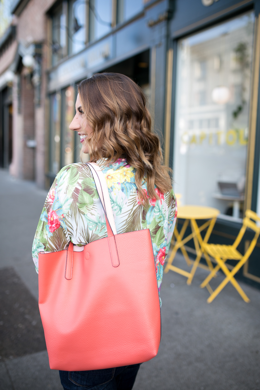fashion blogger, seattle fashion blogger, tote bag