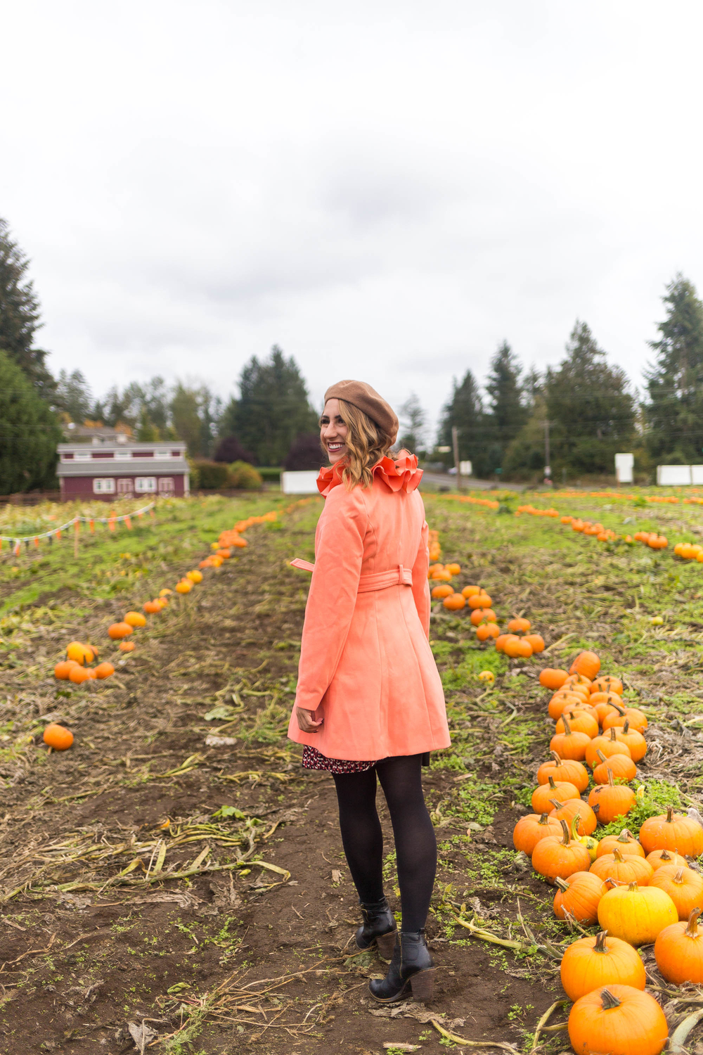 seattle fashion blogger, diary of this girl, pumpkin farm