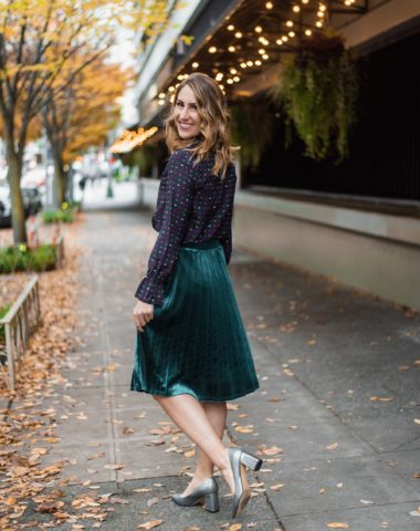 seattle fashion blogger, velvet pleated skirt, diary of this girl megan